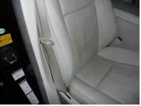 レクサス-LS600 レザーシートの擦り傷修理後
